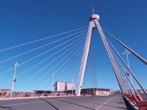 内蒙古霍林郭勒珠斯花跨霍林河斜拉桥项目