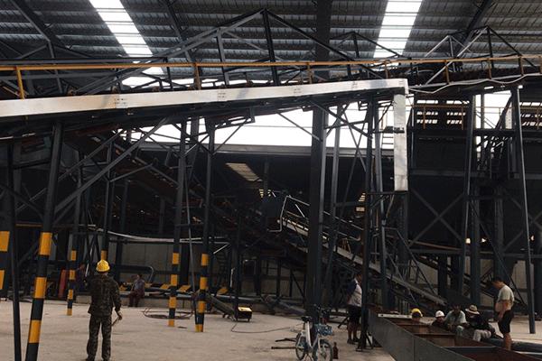 山东烟台300吨每小时花岗岩破碎筛分生产线
