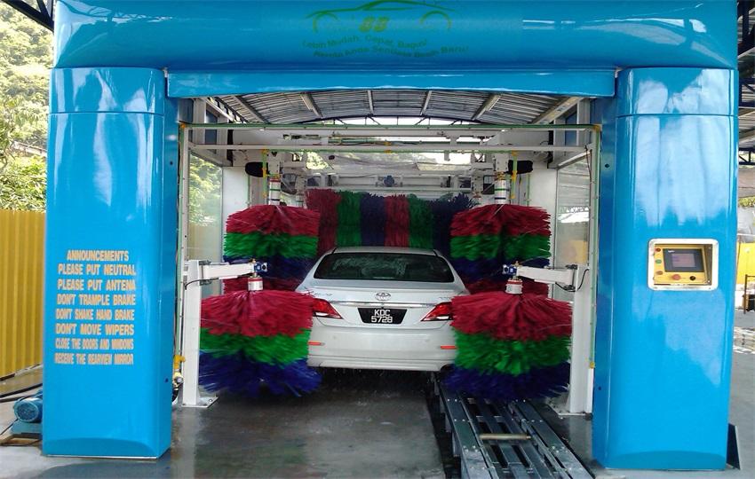 傳統洗車模式落伍,無人值守電腦洗車機閃亮登