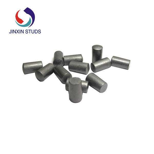 Tungsten carbide pin for tire stud and ice cleat