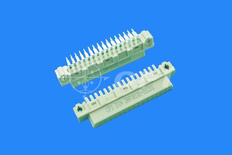 Q型母座32 pin連接器