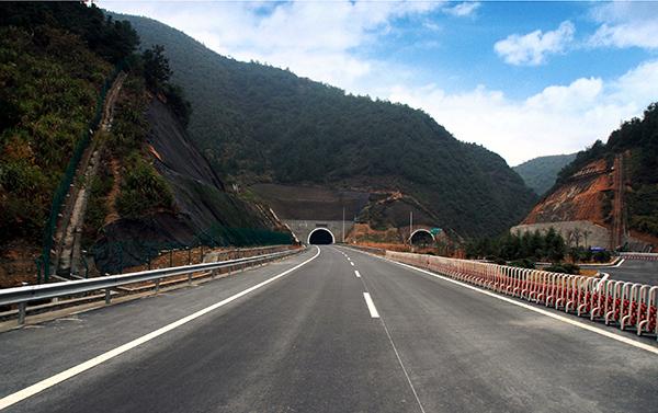 杭千高速馬頭山隧道