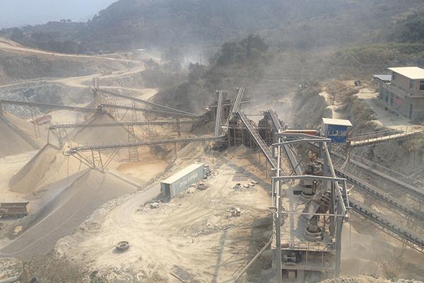 福建闽侯时产800吨凝灰岩破碎筛分生产线
