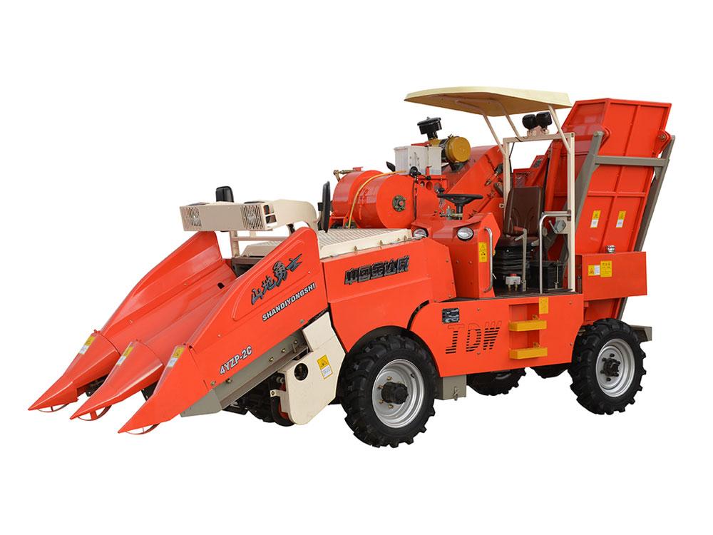 玉米收获机_山地玉米收割机检修保养方法