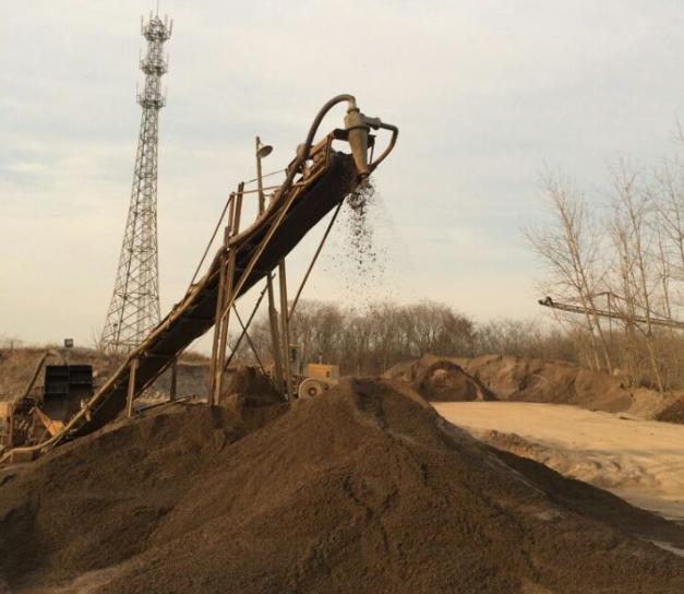 洗砂设备生产:山东口碑好的洗砂机械哪里有供应