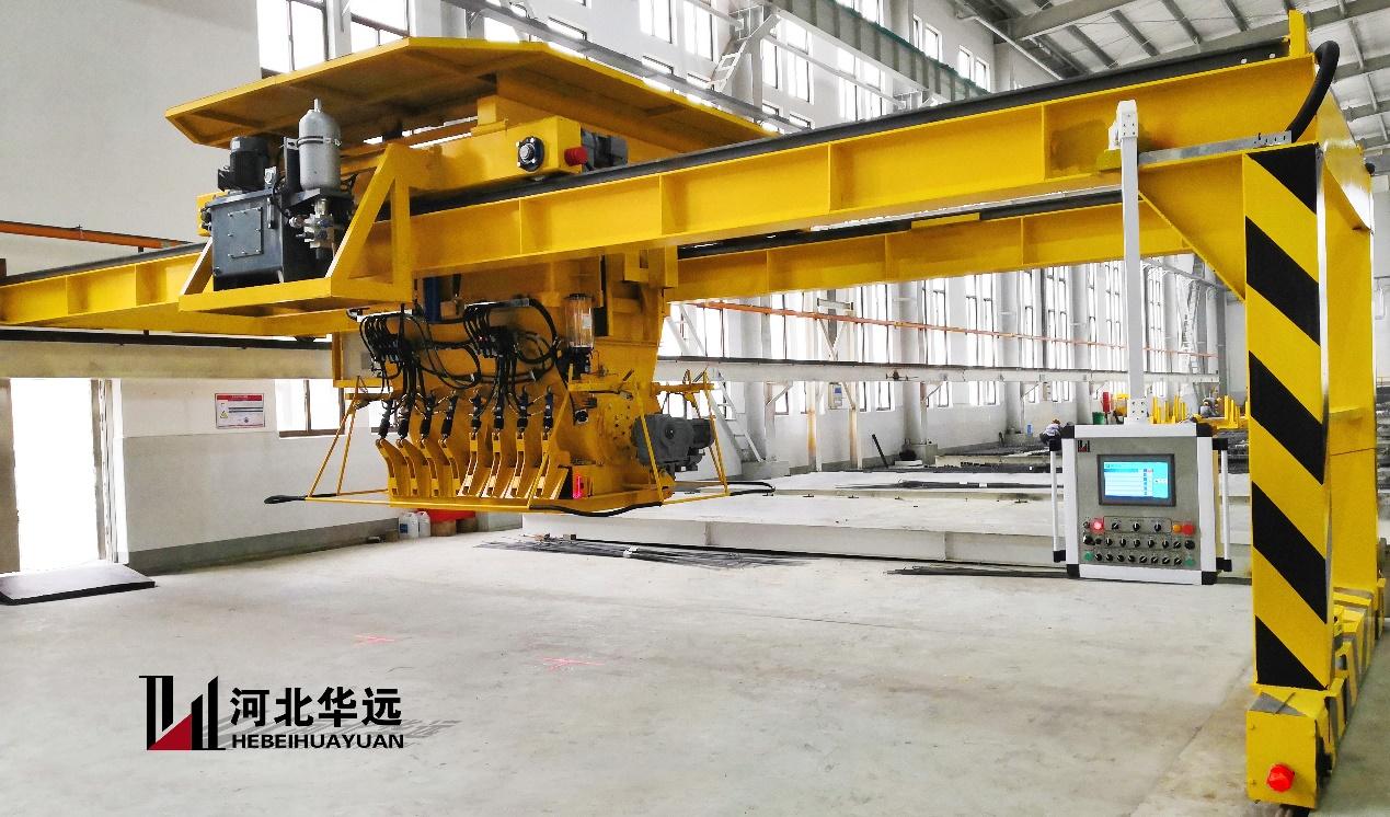 河北華遠自主研發的移動式大跨度升降式布料機,順利完成安裝調試并投入使用?。?!