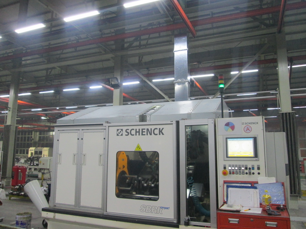 Schenck automatic dynamic balancing machine