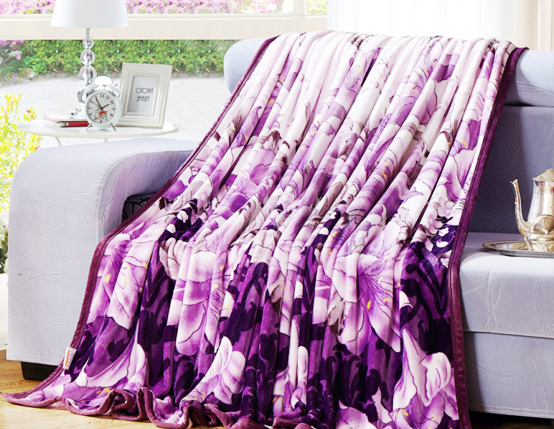 Rongyi mainly deals in polyester blankets and related products
