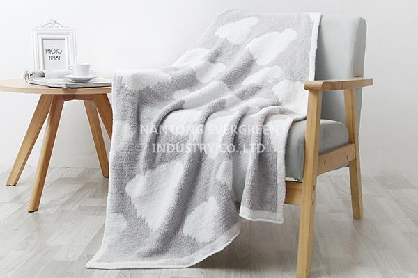 chenille blanket-grey cloud