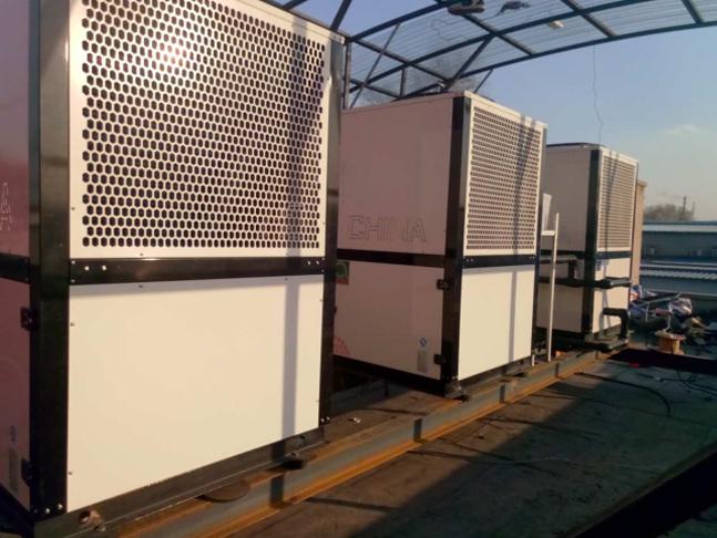 哈爾濱10P復疊熱泵機組采暖系統