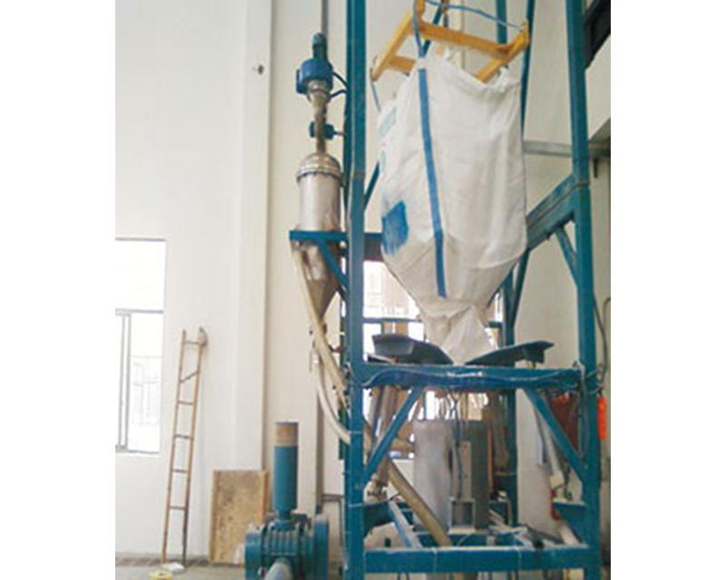 噸包破包機粉體輸送裝置