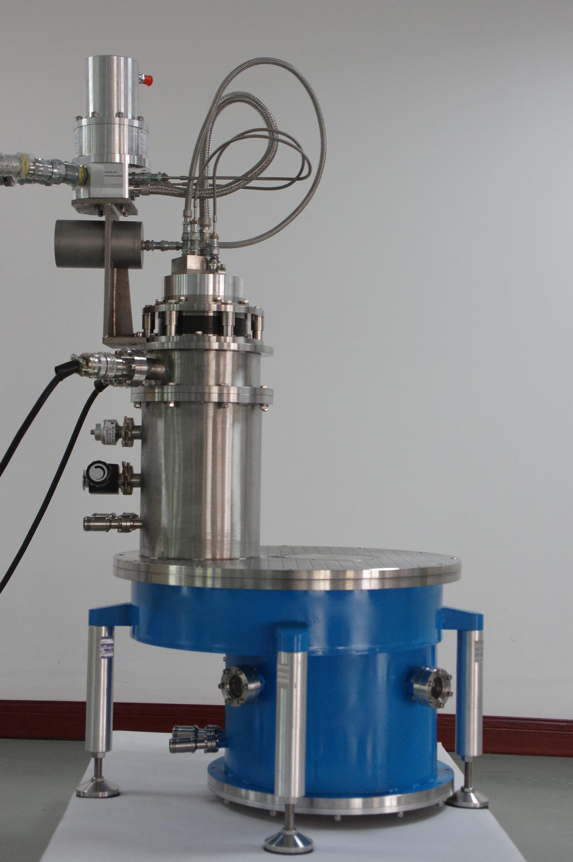 8T劈裂式無液氦超導磁體