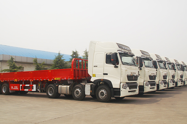 Delivery ceremony of the second batch of 30 semi-trailers of FAS