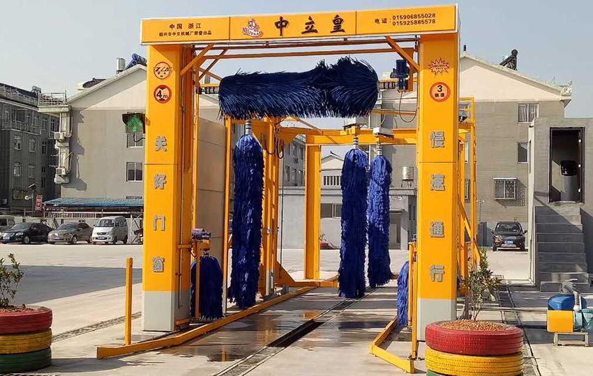 7刷通道式大巴洗車機