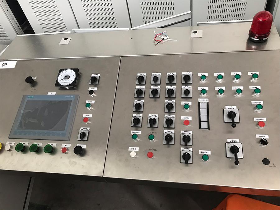 不銹鋼修磨線操作臺
