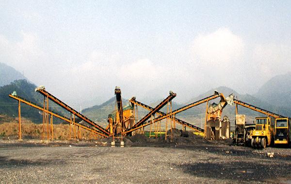 大型碎石機