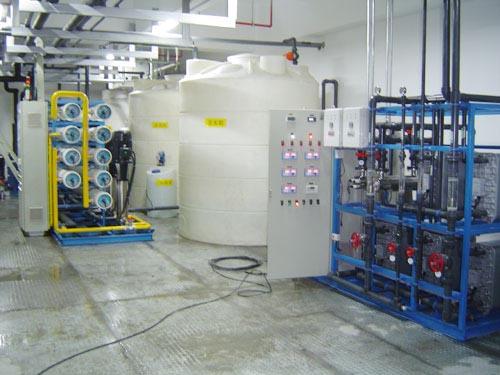 觸摸屏產品清洗用純水超純水設備