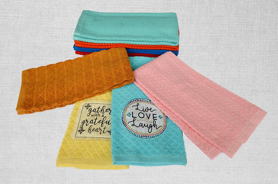 素色提花巾+貼布繡