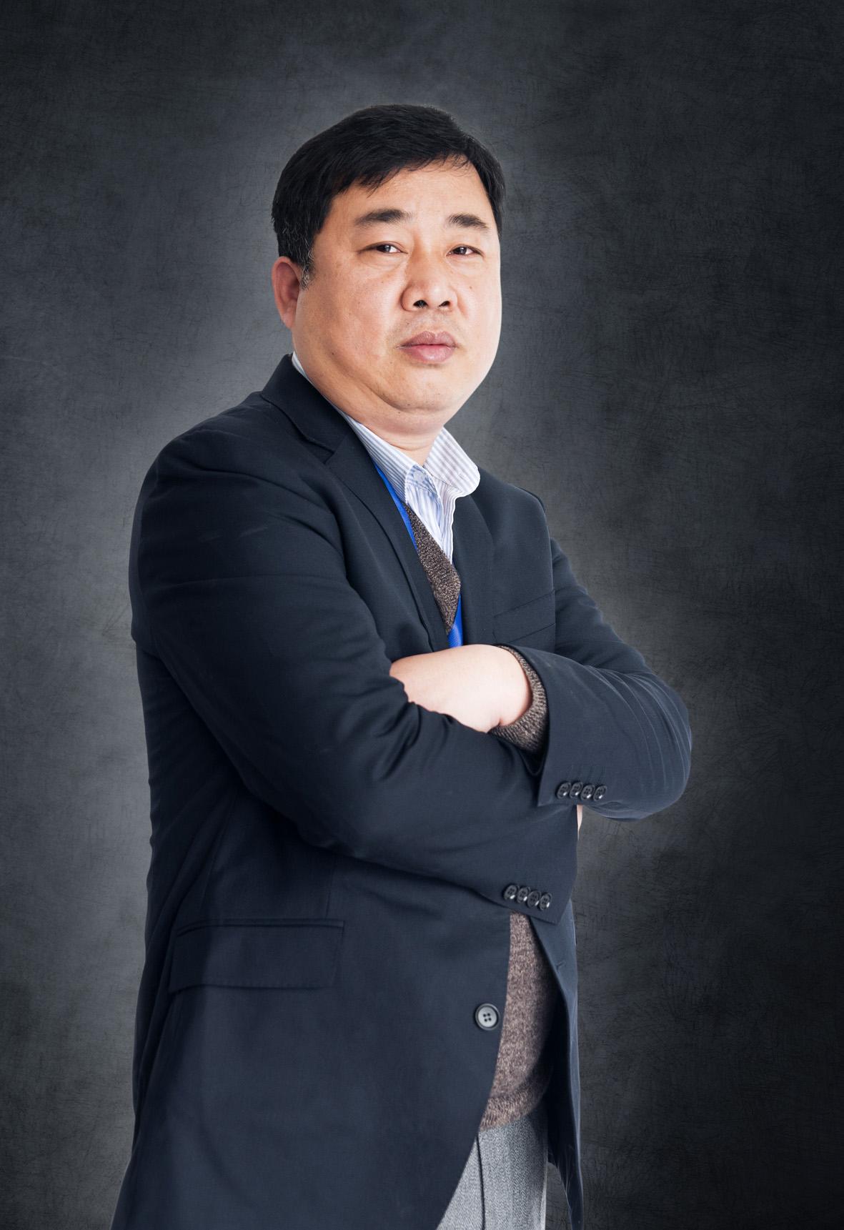 高巍一副总经理 招标采购领域十佳项目经理