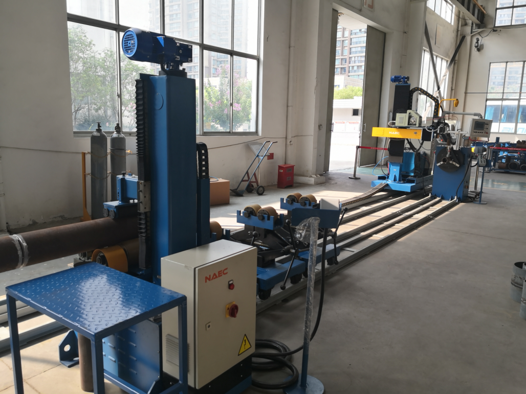 325 single head double drive welding station