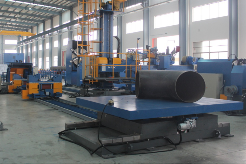 Multi-function heavy pipe fitting up center