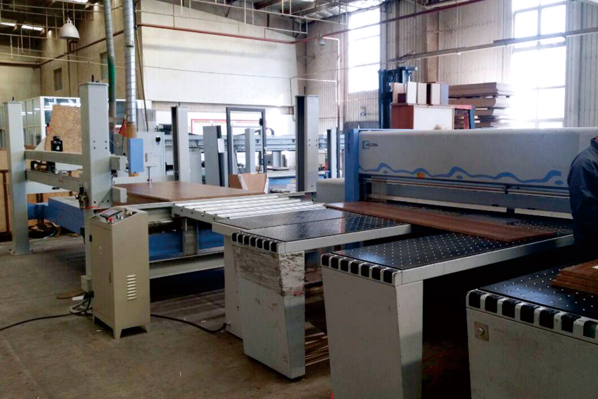 Electronic saw CNC heavy-duty automatic side feeder