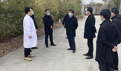 区政府王卫国副区长一行调研检查湖羊公司疫情防控工作