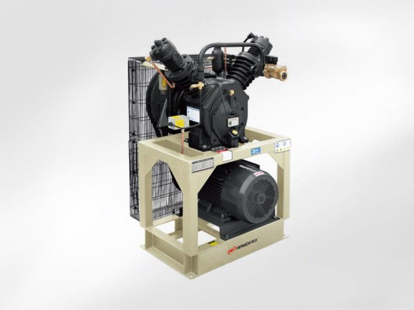 V-oil injection booster compressor