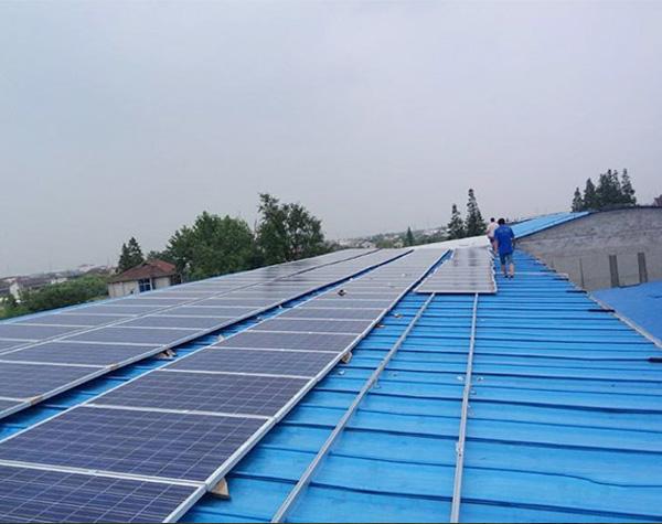鋼結構廠房屋頂光伏發電系統