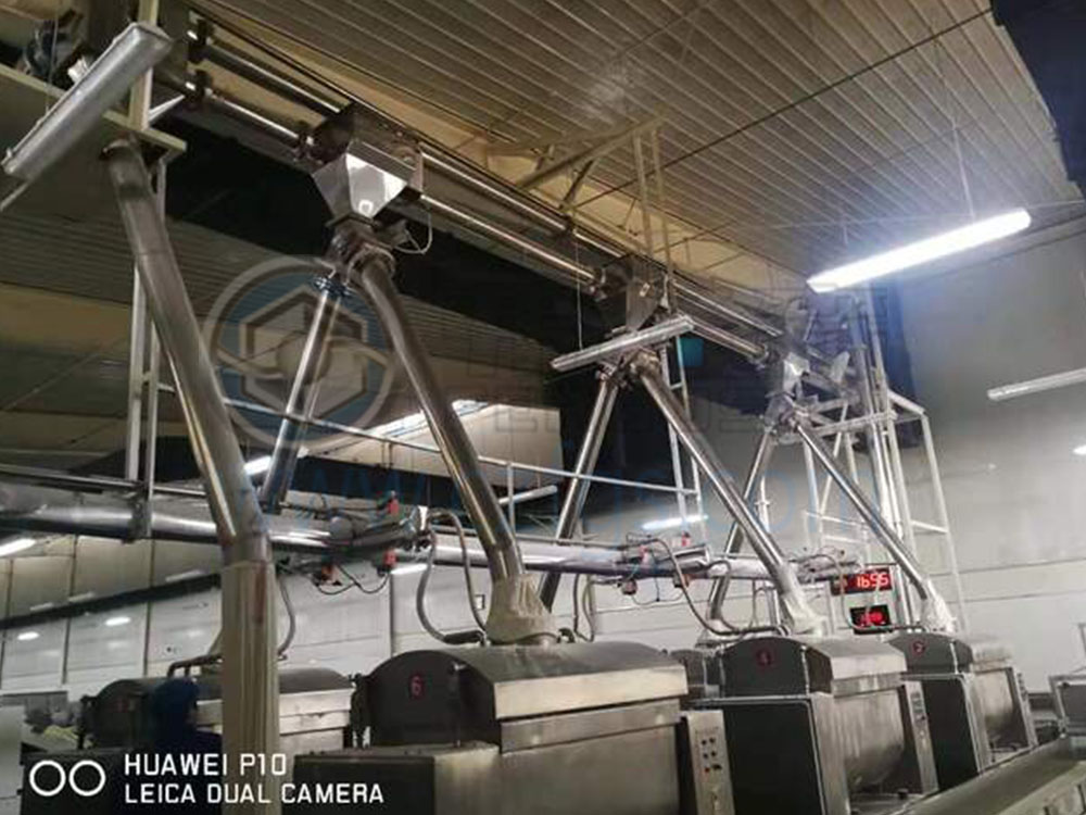 Flour conveying system