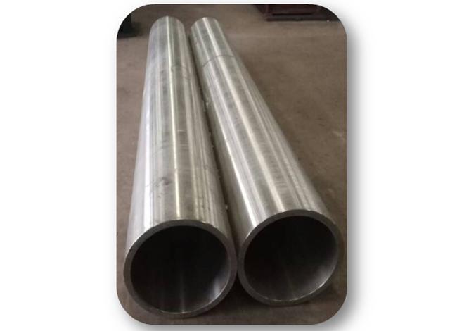 大口径钛合金轧制管