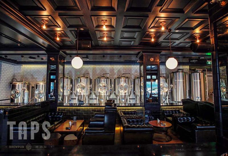 2016年8月 重慶TAPS 500L 精釀啤酒酒吧交鑰匙工程完成安裝