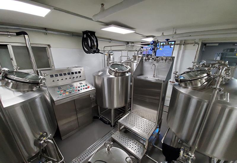 2019年9月 韓國250L精釀啤酒交鑰匙工程完成安裝