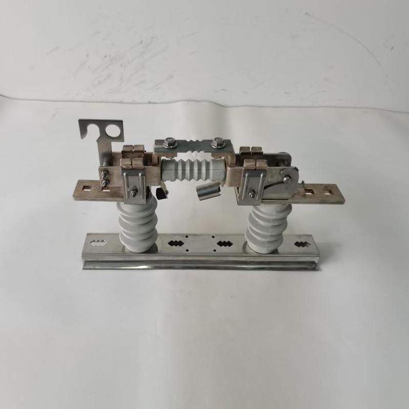 0.5kV雙柱低壓熔斷器式隔離開關1