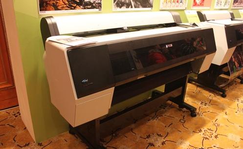 大幅面彩色噴墨打印機的操作方法和技巧