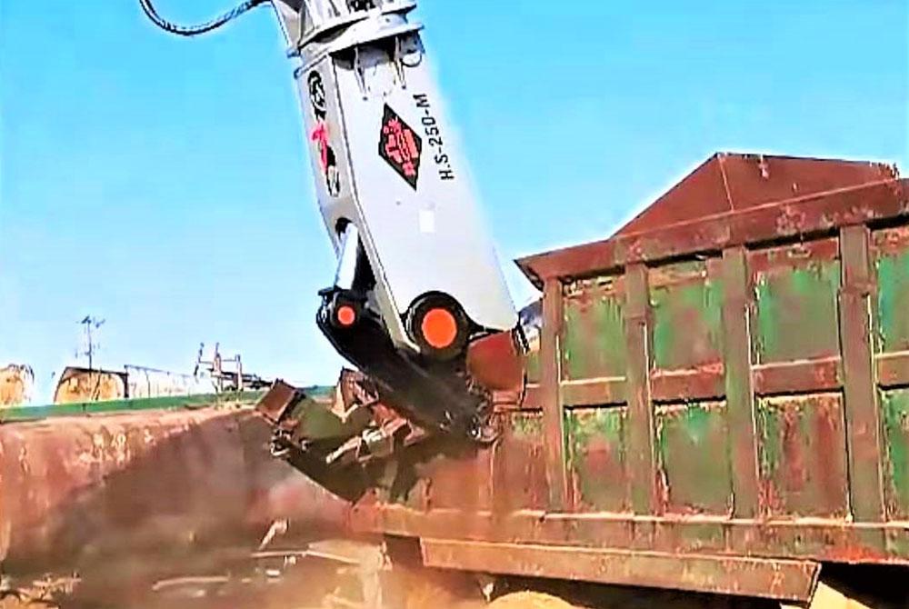 挖掘机鹰嘴剪的润滑周期[鹰嘴剪生产研发]