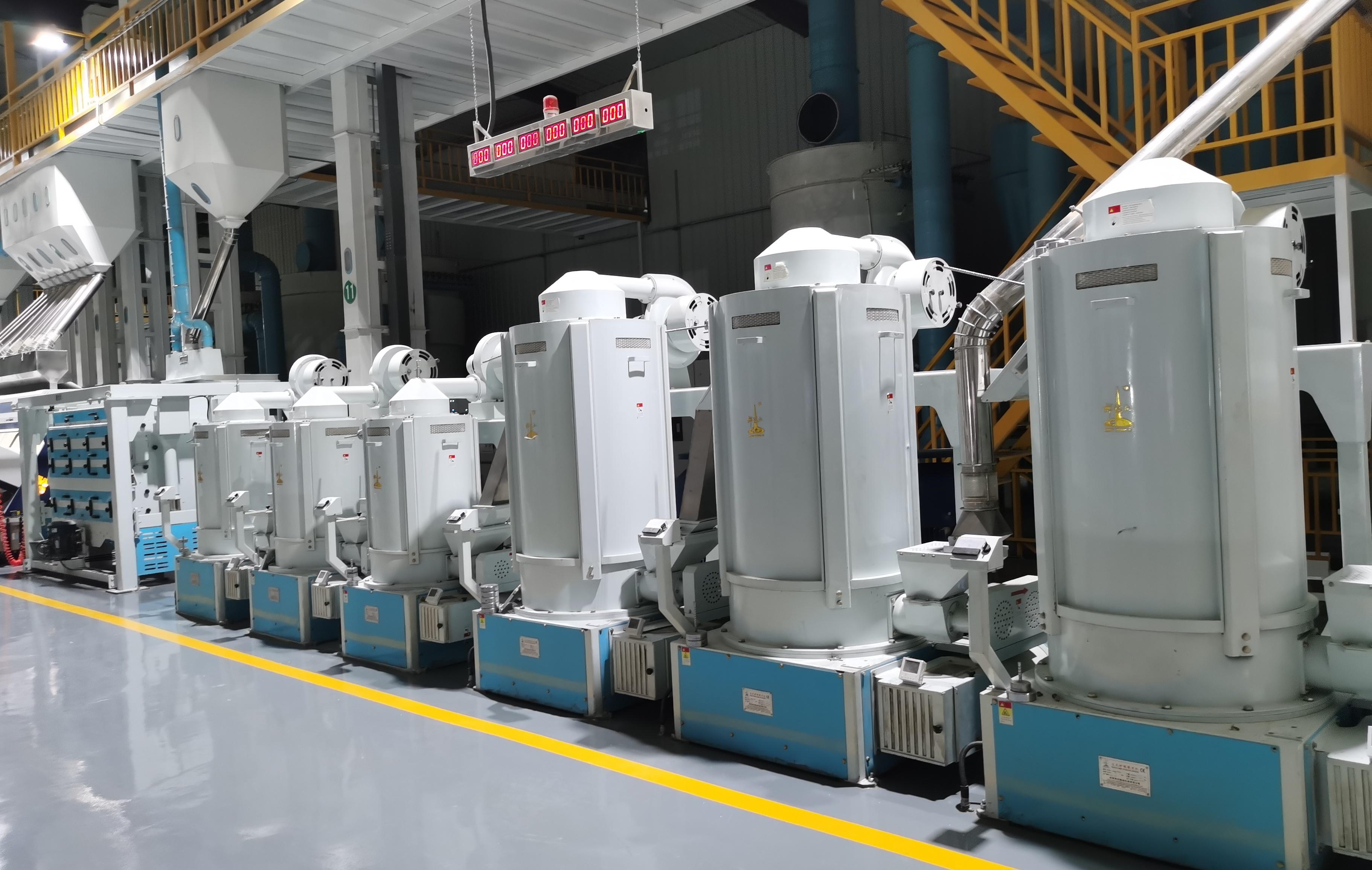 黑龍江晨雨糧油公司日產300噸碾米成套