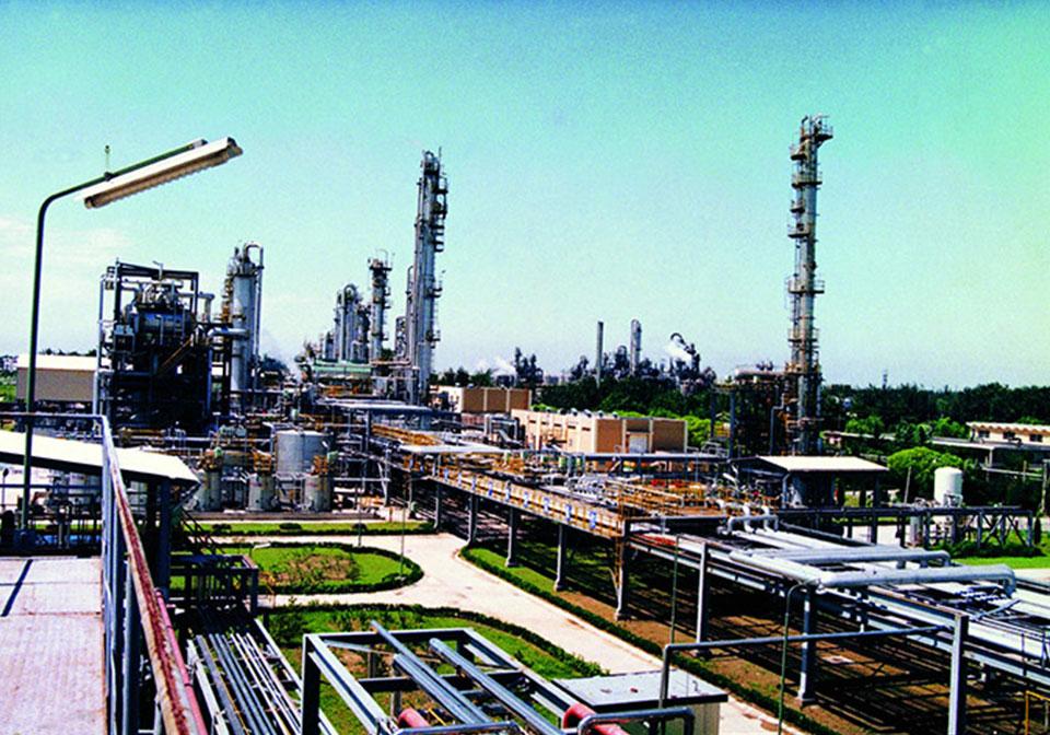 東方化工表面活性劑裝置廠房