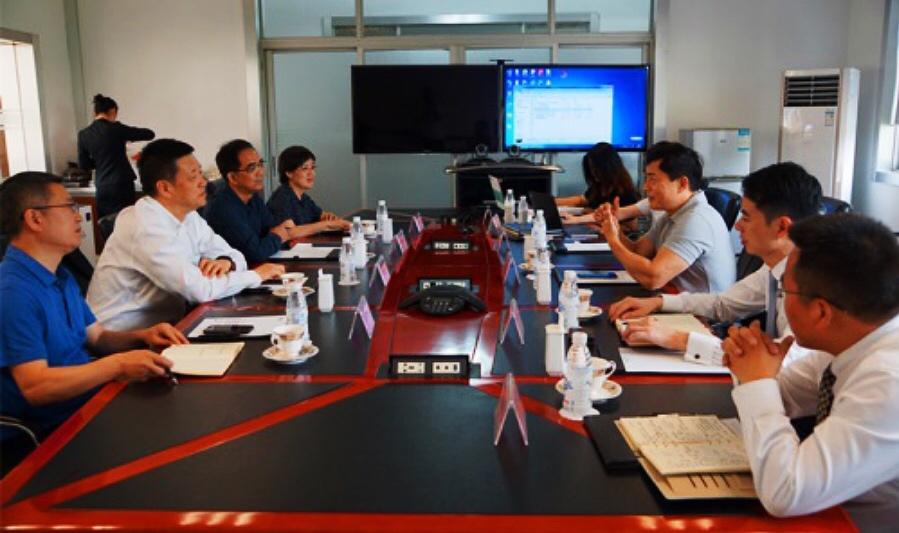 正大集团农牧食品企业中国区副董事长白宇飞一行拜访集团考察智能科技项目