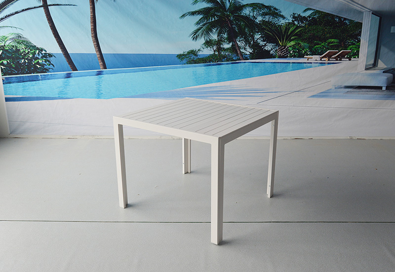 NORI OUTDOOR TABLE 900