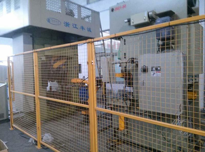 1000T 電動螺旋機械手自動線