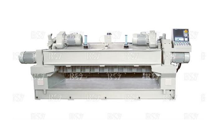 SL2600 數控無卡軸旋切機