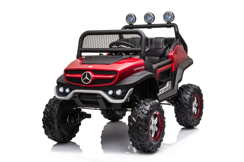 UNIMOG(small) (paint red)
