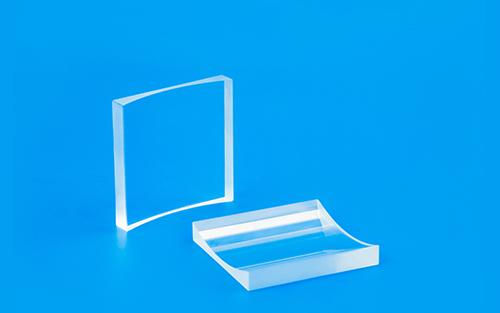 平凹柱面镜