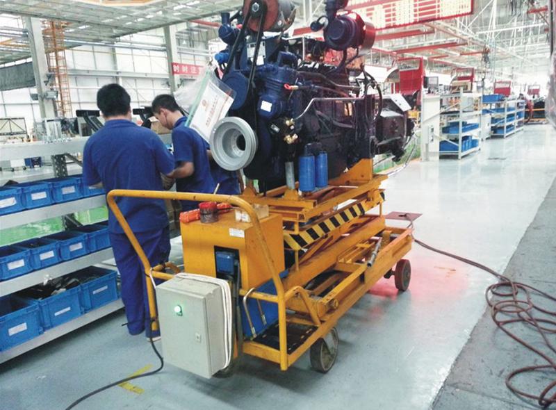 發動機安裝工藝小車