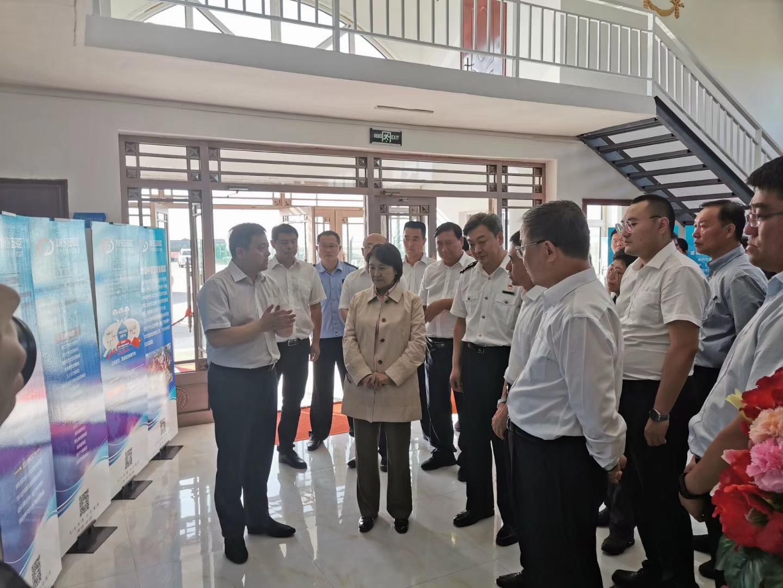 [內蒙古新聞聯播]自治區政府主席布小林在新巴爾虎左旗中蒙互貿免稅區調研