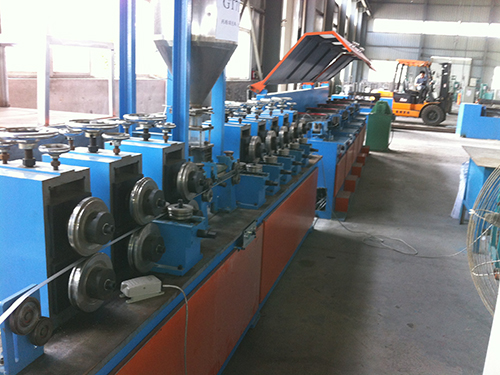 Aluminum flux cored wire production line