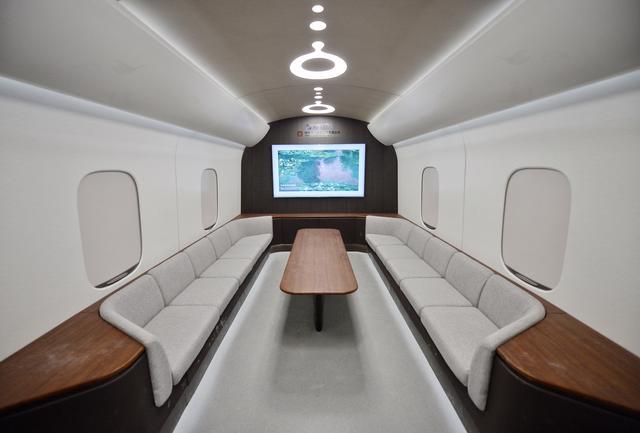 設計時速620千米 世界首臺高溫超導高速磁浮工程化樣車下線