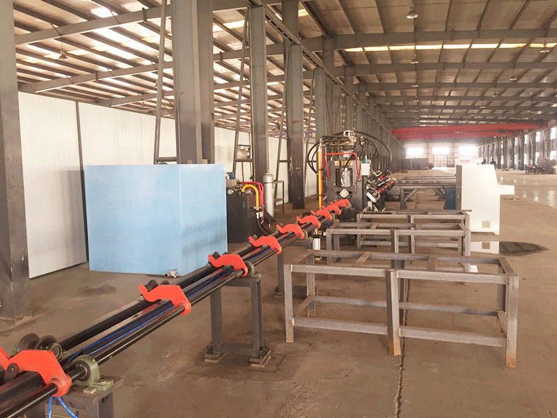 河北保定电力铁塔加工选光先数控JNC1412型数控角钢生产线
