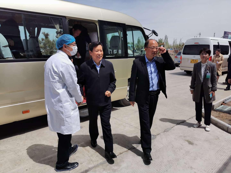 疫情期間各級領導蒞臨內蒙古秋實生物進行參觀指導